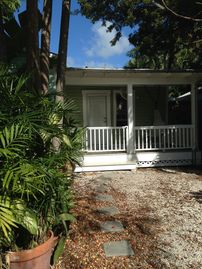 Private nest in Key West. 1 Bedroom/ 2 bathrooms