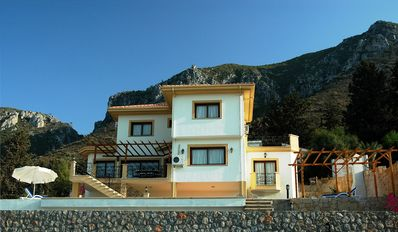 Photo for Luxury Villa with Private Pool and Spectacular Views