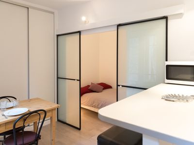 Photo for Cozy studio at 2 steps of the metro Jourdain
