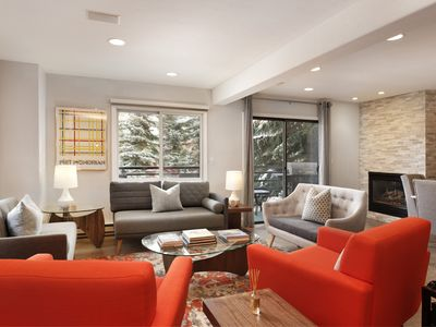 Photo for Luxury 4 bedroom, 3 level town home with amazing upgraded features. Dolo 2