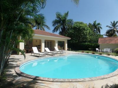 Photo for Guest-friendly beachfront residence, 4BD villa with private pool, BBQ/AC/Wifi/TV