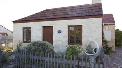 Photo for 1856 - Romantic Robe Cottage