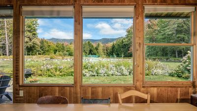 Mountain House on 100 acres with Spectacular Views