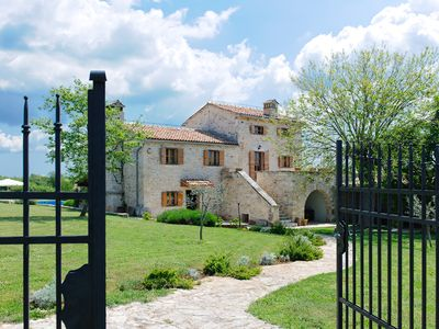 Photo for Wonderful stone Istrian villa with private pool, in a quiet place