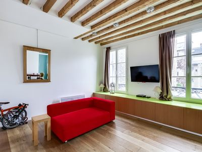 Photo for Smart Flat Place Des Vosges Marais