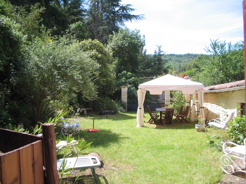 Holiday cottage garden in southern France... - HomeAway Lanet