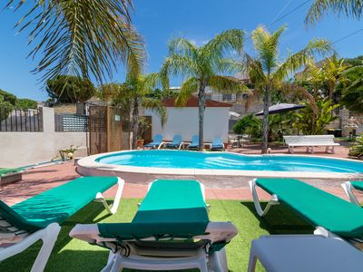 Photo for Pure relaxation. Apartment with wifi, pool, garden, BBQ. Last minute
