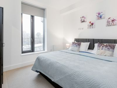 Photo for 1BR Apartment Vacation Rental in Slough, Berkshire