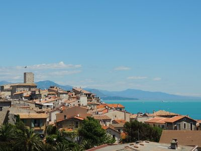 Photo for Holiday apartment with garage close to the beach in Antibes