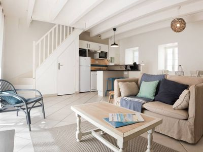 Photo for Charming house at the foot of the island of Oleron