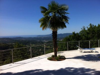 Photo for Magnificent Provencal villa with swimming pool and panoramic view
