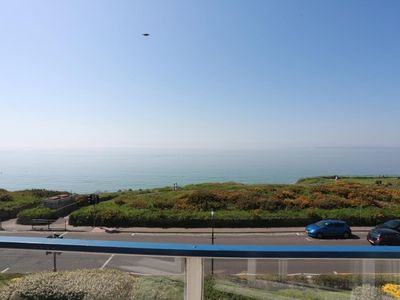 Photo for BOURNECOAST: PANORAMIC SEA VIEWS of Bournemouth Bay - BALCONY - FM1410