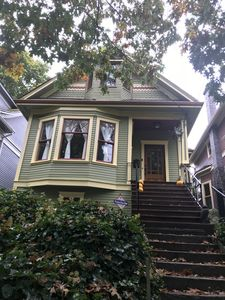 Photo for Beautiful Central Seattle Victorian