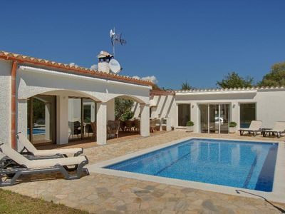 Photo for 5 bedroom Villa, sleeps 10 in Calonge with Pool and WiFi