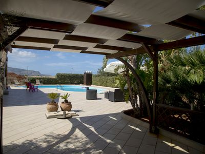 Photo for Lovely villa 100 meters away from the sea, private pool, newly restored
