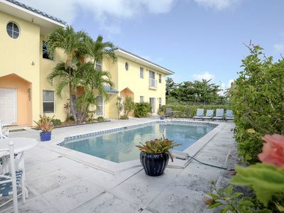 Luxury Oceanview Townhouse, Vista Marina, Bahamas