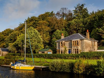 Photo for Shelbourne Lodge-Beautiful holiday home-on the Crinan Canal 5B/R sleeps 11