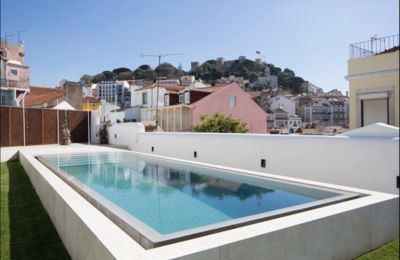 Photo for Luxury apartment with swimming pool