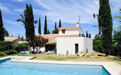Photo for Provence, Alpilles, near Arles Beautiful contemporary house with pool