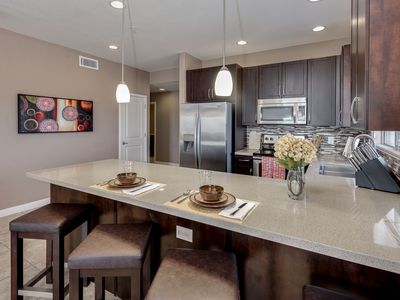 Photo for Luxury Rental at Desert Ridge! Adjacent Golf and Mayo Clinic! Walk to Shops!