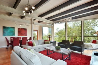 Architectural Masterpiece - This penthouse truly is an architectural masterpiece, and affords gracious living in the center of the music capital of the world - Austin, Texas!