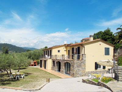 Photo for 2 bedroom Apartment, sleeps 6 in Costa d'Oneglia with Air Con and WiFi
