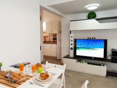 Photo for One bedroom Apartment, sleeps 3 in Las Palmas de Gran Canaria with Air Con and WiFi
