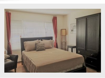 Photo for Conveniently-located 4bed/3bath SFH for business travelers