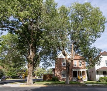 Photo for Pet Friendly-Parkside- Downtown Salida