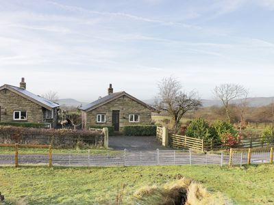 Photo for BRIDGE END, with open fire in Downham, Ref 971349