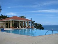 Comfortable and convenient condo with spectacular view
