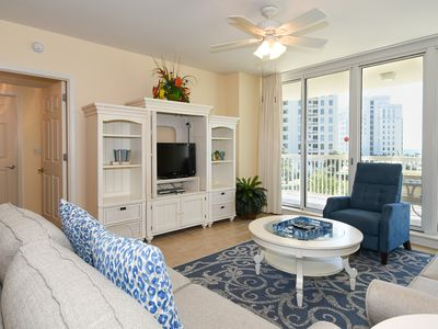 Photo for Bright, colorful fully-equipped condo w/private balcony!