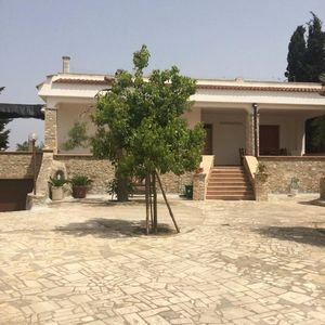 Photo for Villa Barone just a few km from Gallipoli, Baia Verde, sandy beach. Special Offer