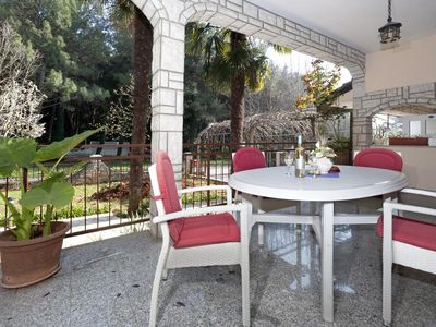 Photo for Two bedroom apartment with terrace Poreč