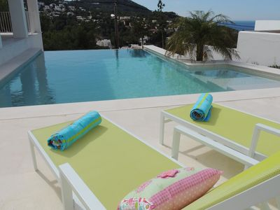 Photo for 4 bedroom Villa, sleeps 7 in Cala Vadella with Pool, Air Con and WiFi
