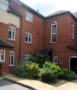 Photo for Modern Nantwich apartment with free WiFi & Netflix