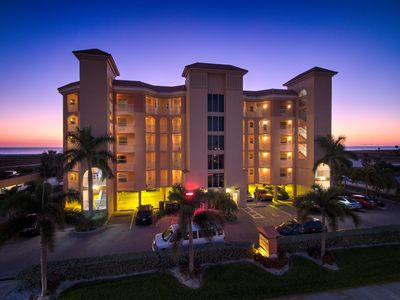 Photo for Stunning Sunsets In A 2 Bd/2 Ba Condo On The Gulf!