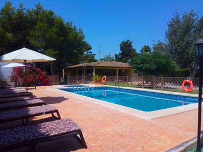 Photo for PRIVATE VILLA, WIFI POOL, GARDEN, CHILDREN'S PARK, BBQ, ACC. MINUSVA, 12 PERS.