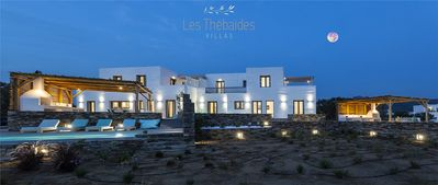 Photo for The Thebaids 2, directly on the beach of Plaka with private pool