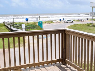Unobstructed beach views, 2/1 Sleeps 8