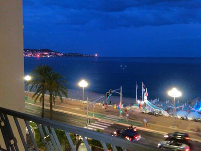 "Studio in Nice on the ""Promenade des Anglais"" during sunset"