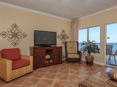 Photo for Cozy yet Spacious Gulf Front unit, Multiple pools and hot tub on-site, Close to Shopping and Dining