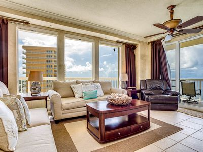 Photo for Spacious Condo, Gulf-front balcony, On-site hot tub and pool, On the beach