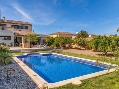 Photo for Modern Holiday Home with Pool, Garden, Terrace & Wi-Fi