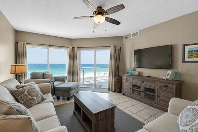 Emerald Isle 405 - Gulf Front - Gulf Front 2 bedroom/2 bathroom condo. Free WiFi. Free Parking. 2 Swimming Pools!
