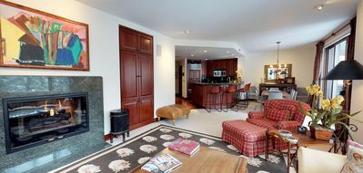 Photo for Up to 40% off Advertised Rates - Luxurious 3 Bdrm Condo Ski In SKi Out