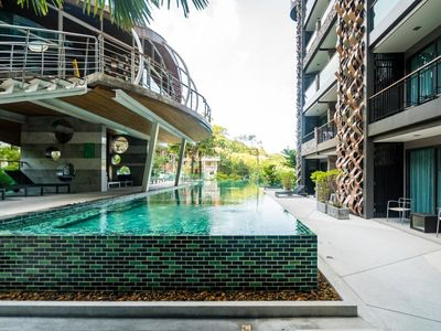 Photo for ET618 - Convenient apartment in Patong, pool and gym with shuttle to beach
