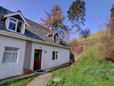 Photo for Holiday home adjacent to owner's farmhouse, around 10km from the town of Builth Wells