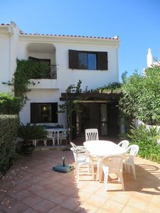 Photo for 3 bedroom Villa, sleeps 6 in Quinta do Lago with Pool, Air Con and WiFi
