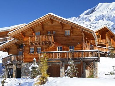 Photo for 6 bedroom accommodation in Alpe d Huez